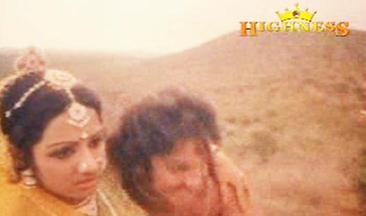 The couple elopes in Satyavan Savithri (1977)
