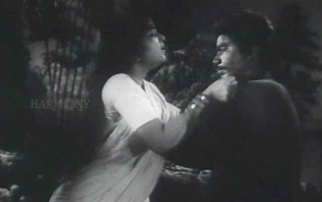 Bhargavinilayam (1964) - Nanukkuttan plays his trump card