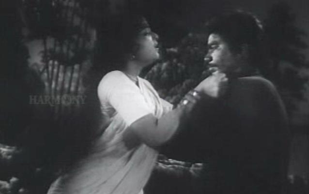 Bhargavinilayam (1964) - Nanukkuttan plays his trump card