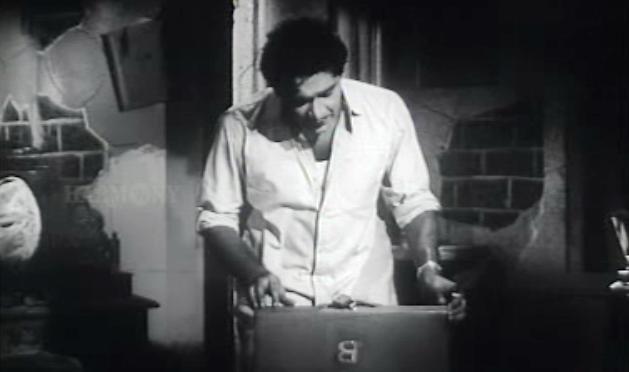 Bhargavinilayam (1964) - The Novelist finds Bhargavi's letters
