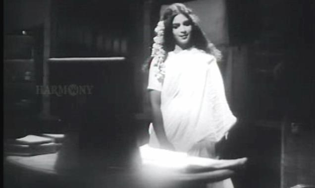 Bhargavinilayam(1964) - Bhargavi pays a visit to the writer
