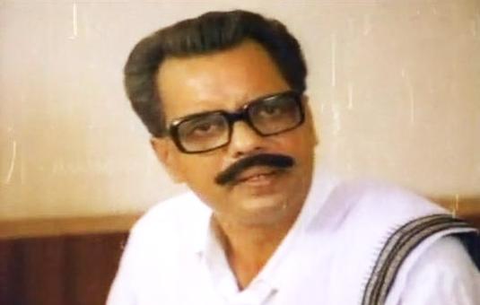 Oduvil Unnikrishnan in Pattanapravesham (1988)