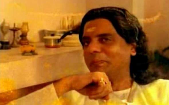 Oduvil Unnikrishnan in Thalayanamanthram(1990)