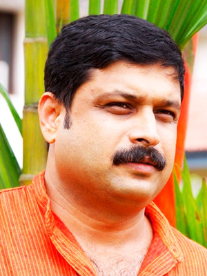 M.V Nikesh Kumar Reporter Malayalam News channel