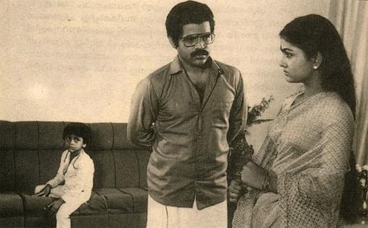 Balachandra Menon and Urvasi in Ente Ammu, Ninte Tulsi Avarude Chakki (1985)