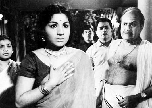Jayabharathi and Veeran in Priya (1970)