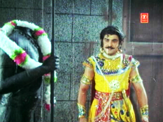 Mahabali (1983) The Headless Statue