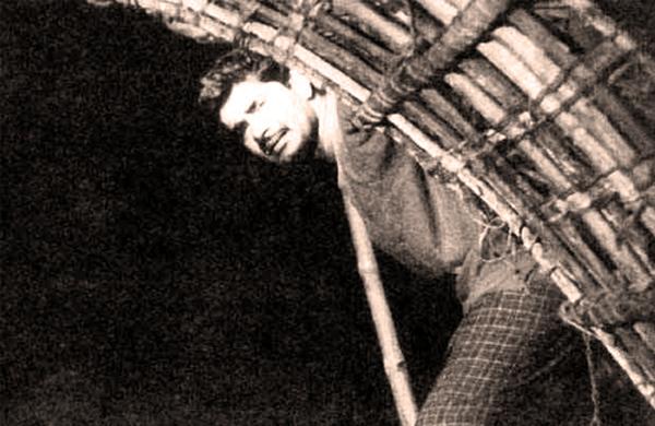 Madhu in Olavum Theeravum
