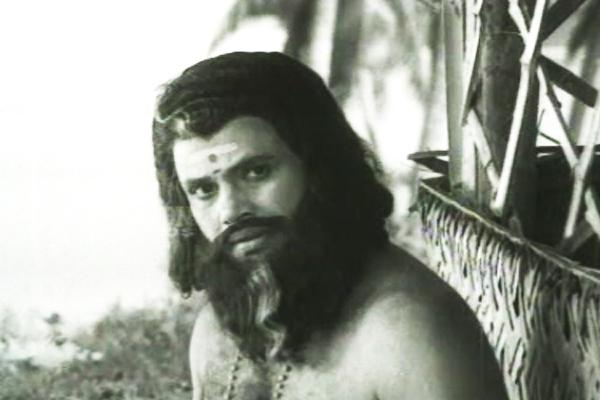 Jayan in Etho Oru Swapnam