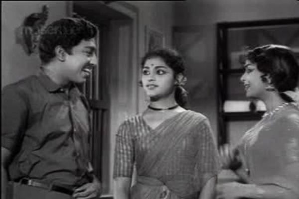 Muthuraman, Vijayasri, Vijaya Nirmala in Chitthi (1966)