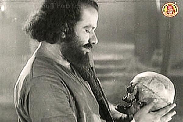 Thikkurissy Sukumaran Nair in Harischandra (1955)