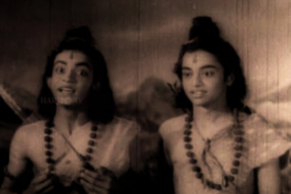Malayalam Cinema's most famous twins onscreen - Seetha (1960)