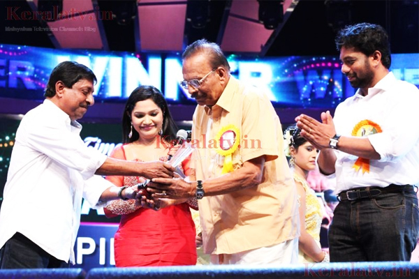 GK Pillai awarded the Lifetime Achievement Award by Asianet, 2012