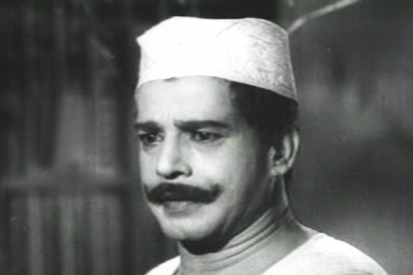 Sathyan as Kayankulam Kochunni (1966)