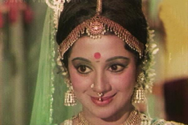 sri divya selfiesrividya diksha, srividya ramasubramanian, srividya online, srividya iyer-biswas, sri vidya mantra, srividya hot, srividya upasana, srividya college, srividya death, srividya educational academy, srividya photos, sri divya selfie, srividya actress personal life, srividya temple, srividya varuthapadatha valibar sangam, srividya anchor, sri divya whatsapp video, srividya husband, srividya pattisapu, srividya and kamal hassan affair
