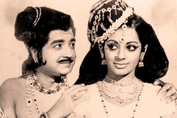 srividya photossrividya diksha, srividya ramasubramanian, srividya online, srividya iyer-biswas, sri vidya mantra, srividya hot, srividya upasana, srividya college, srividya death, srividya educational academy, srividya photos, sri divya selfie, srividya actress personal life, srividya temple, srividya varuthapadatha valibar sangam, srividya anchor, sri divya whatsapp video, srividya husband, srividya pattisapu, srividya and kamal hassan affair