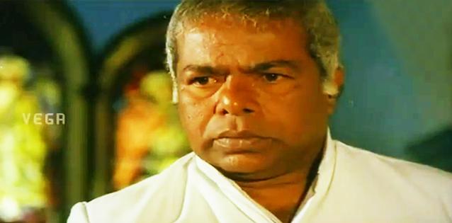 Thilakan in Unnikaley Oru Katha Parayam