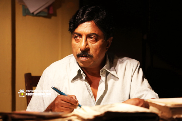 Sreenivasan as Chelangattu Gopalakrishnan in Celluloid (2013)