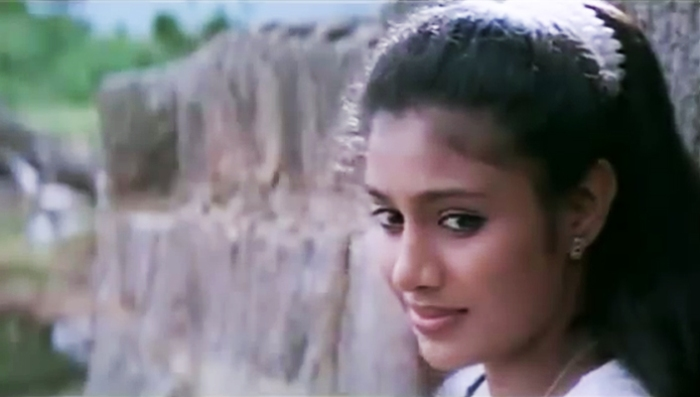 Samyuktha Varma in Mazha-(2000)